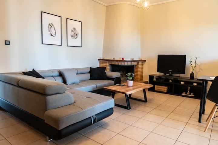 Karystos Central Apartment 2 Bedrooms/balconies !