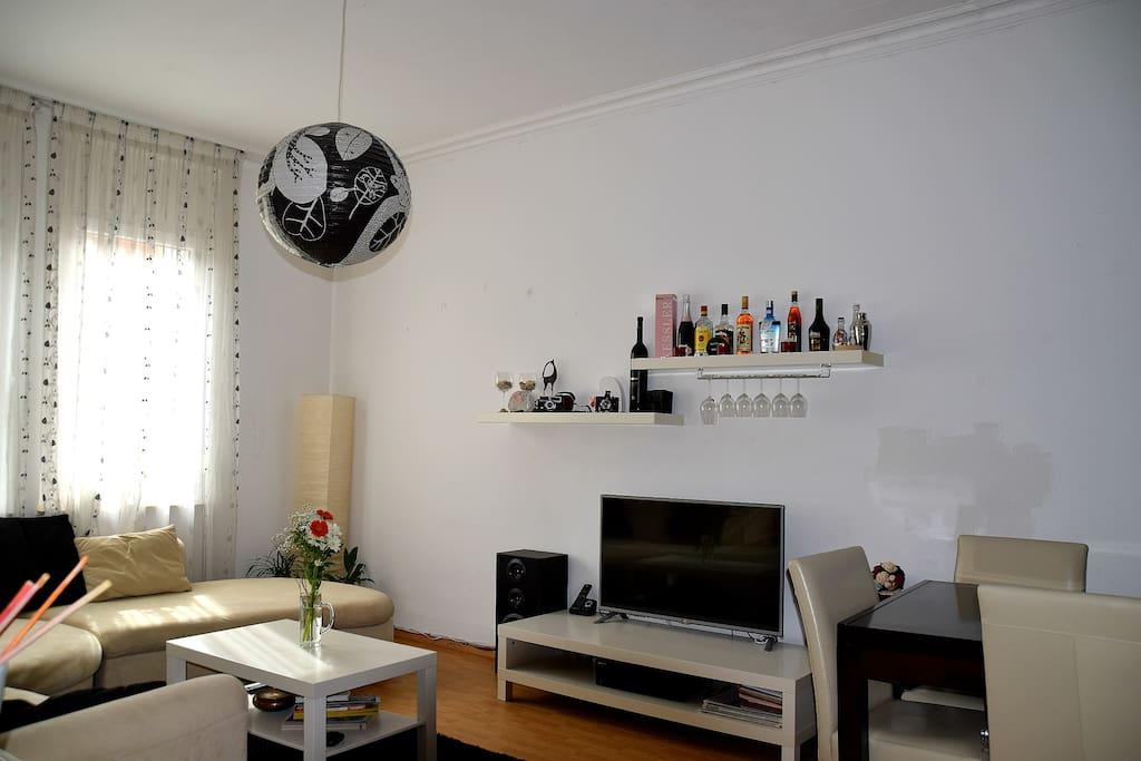 the heart of stuttgart city wohnungen zur miete in stuttgart baden w rttemberg deutschland. Black Bedroom Furniture Sets. Home Design Ideas