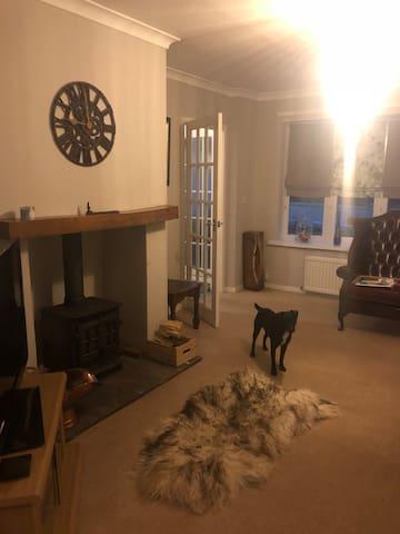 Cute room available Darlington