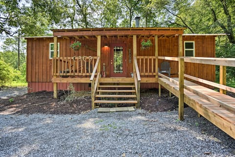 Secluded Cabin w/ 2 Fishing Ponds, Trails & More!