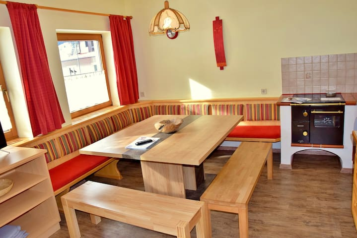 Large apartment for 11-12 pers Tirol, Wildschönau - Oberau - Apartemen
