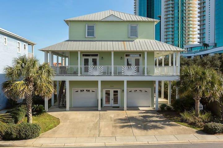 Sunset Bungalow -5bdrm home spacious pool access - Orange Beach - Huis