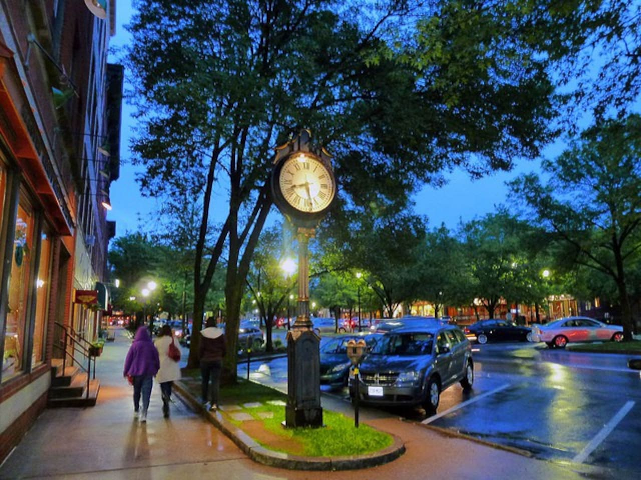 Downtown Keene offers a wide variety of shopping and restaurants.