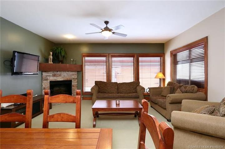Open Concept Dining Room/Living Area