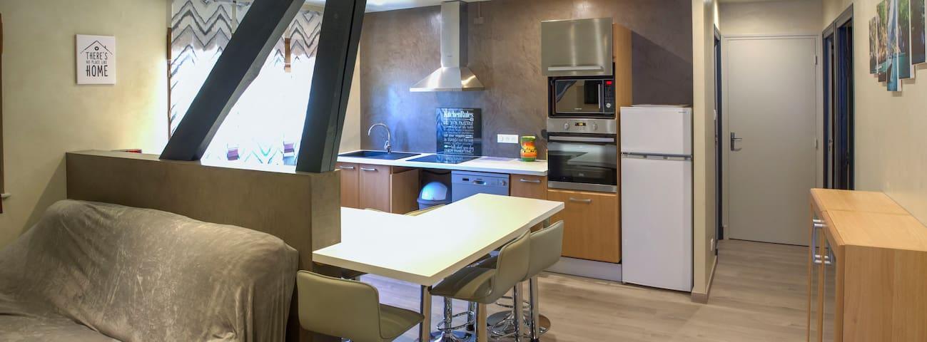 Appartement pour 8-9 pers. près du lac de Pareloup