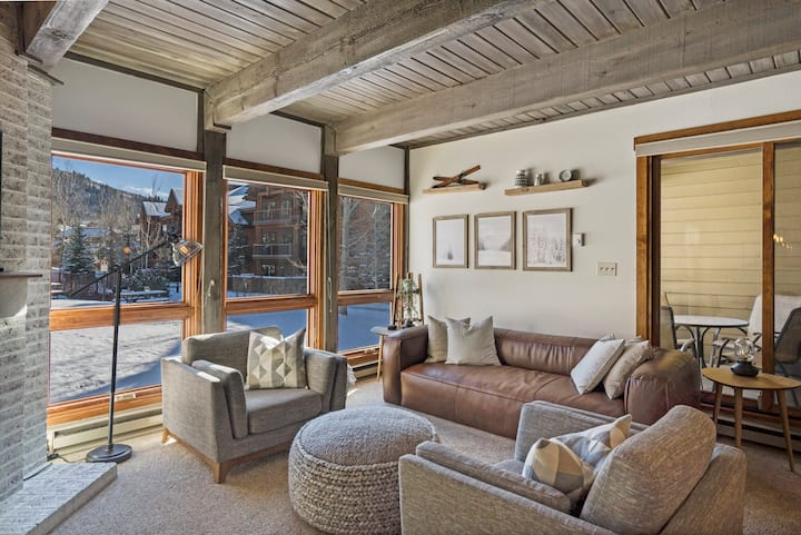 Steamboat Colorado Vacation Condo | Lodge B209 | Fireplace! Close to the Slopes! Free shuttle!