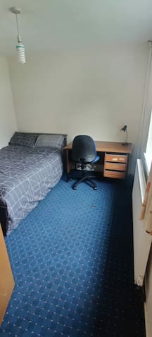 A private room in Harborne, Near QE Hospital