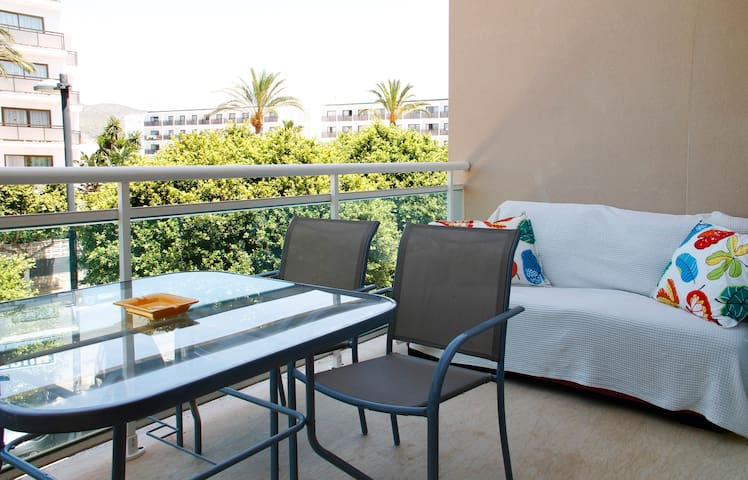 BEACH APARTMENT - Playa d´en Bossa - Eivissa - Appartamento