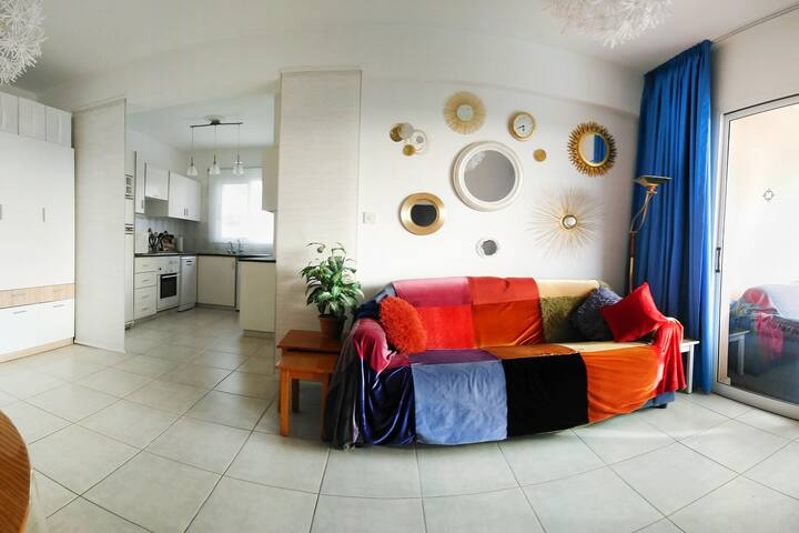Happy paints of Paphos, 2 bedroom