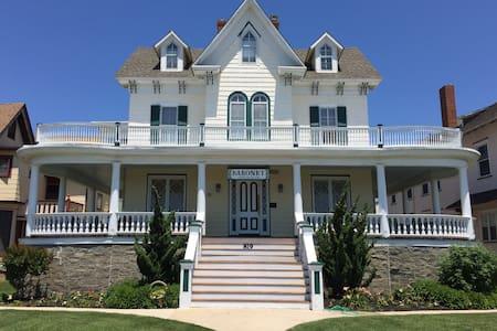 Across beach condo weekly rental