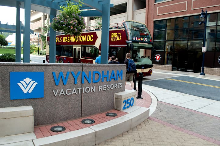 Wyndham National Harbor ~ 2B ~ Sleeps 8 ~ Near DC!