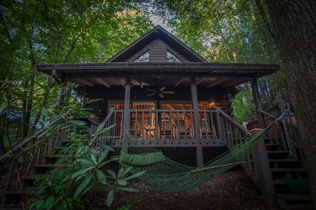Cool river dreams cabins for rent in ellijay georgia for Ellijay cabins for rent by owner
