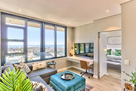 Perfect Views Of Cape Town  - Brand New Apartment