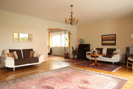 Apartments München-Planegg 120qm - Planegg - Lejlighed