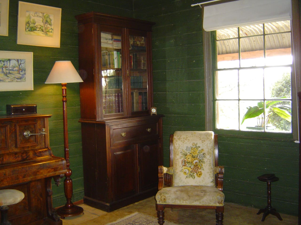 Myall Cottage - Sitting Room
