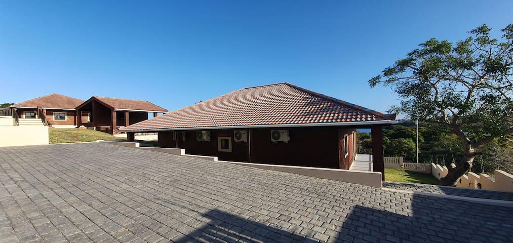 Kev & Bia's Cottage, Bilene