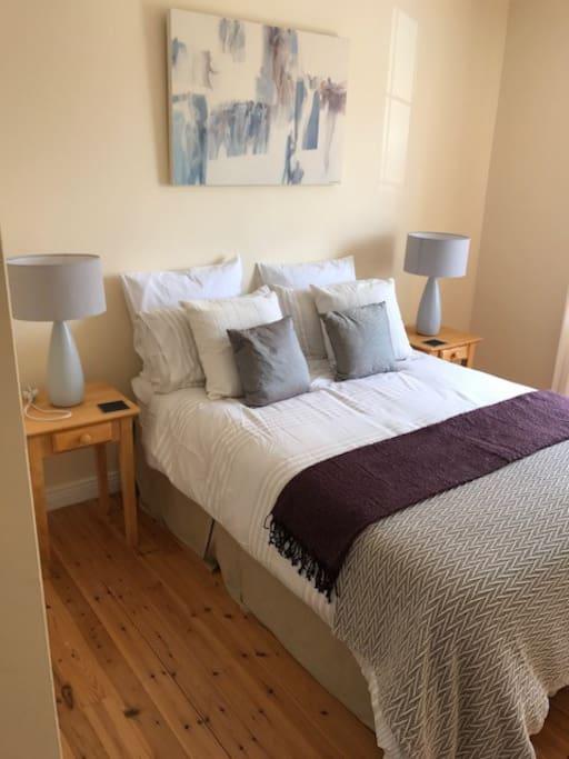 Bedroom w Ensuite: 3 bed bungalow