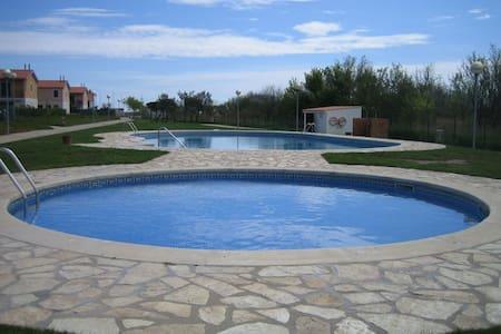 Casa Mas Pinell cerca de la playa - Torroella de Montgrí