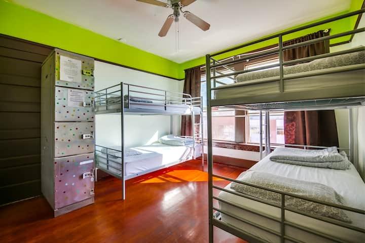 1 Bed mixed dorm in fun, hip hostel