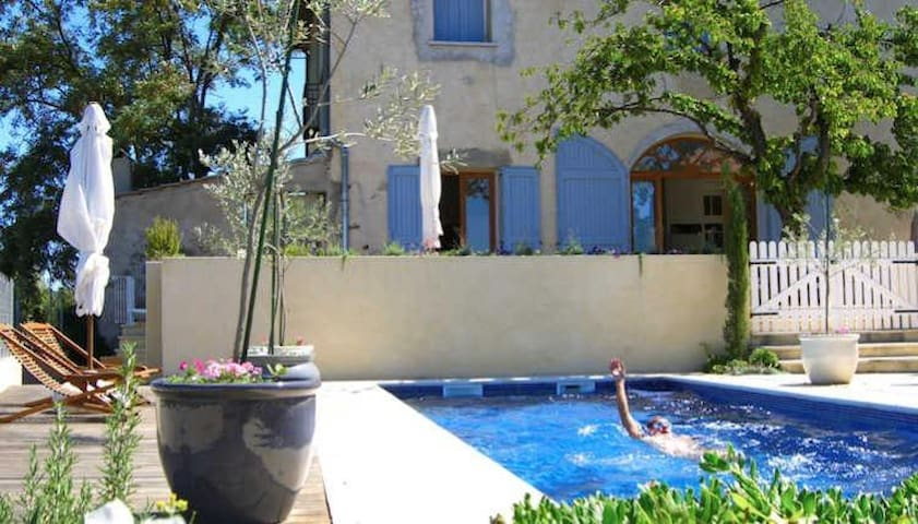 Traditional  Large House with Pool near Pezenas