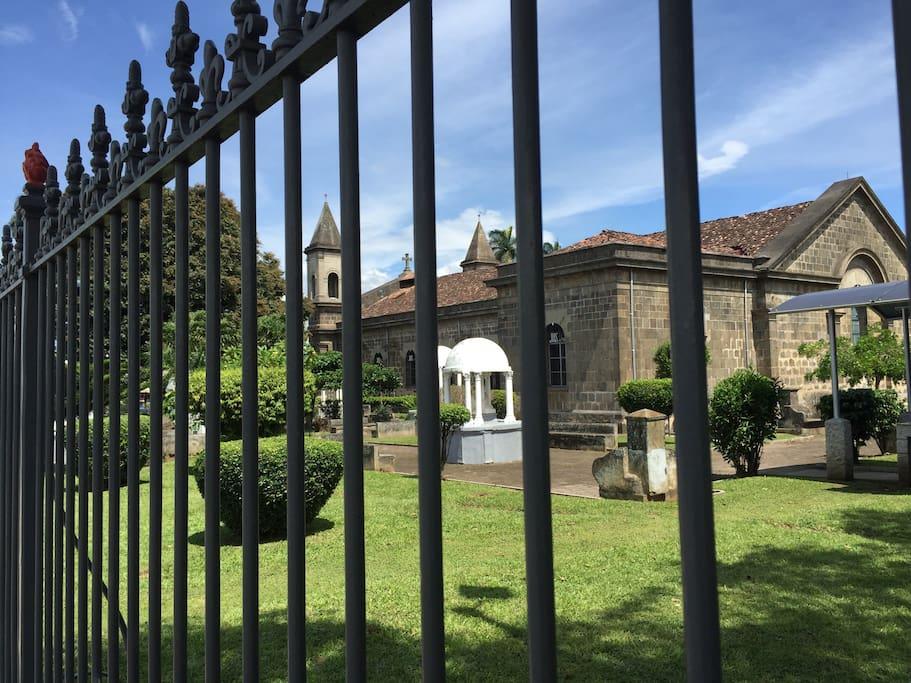 Iglesia Centenaria, corazón del centro histórico del Pueblo