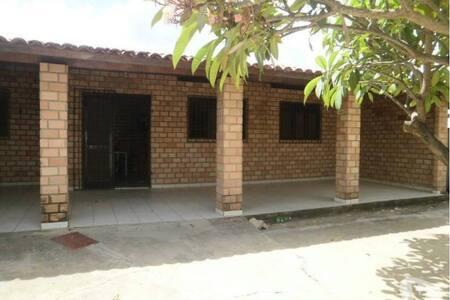 Casa mobiliada em Carapibus/PB - Conde