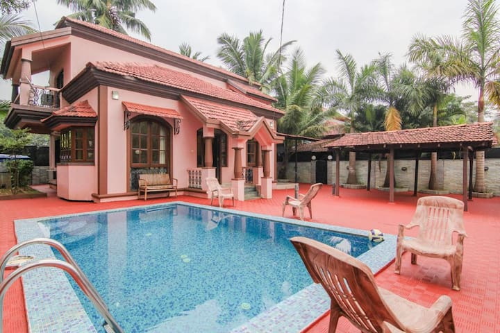 >> 3BHK LUXURIOUS VILLA WITH PRIVATE POOL GOA