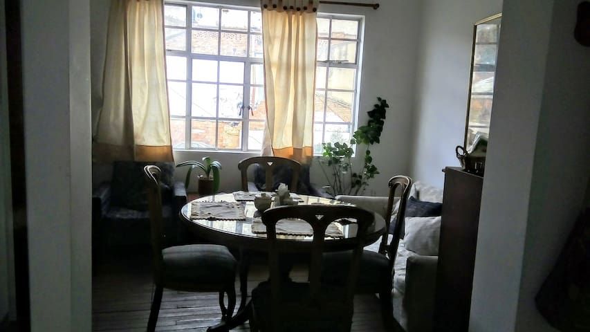 Comfortable rooms in central Chapinero
