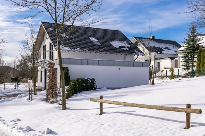 Serene Villa in K�stelberg near Lake and Watersports