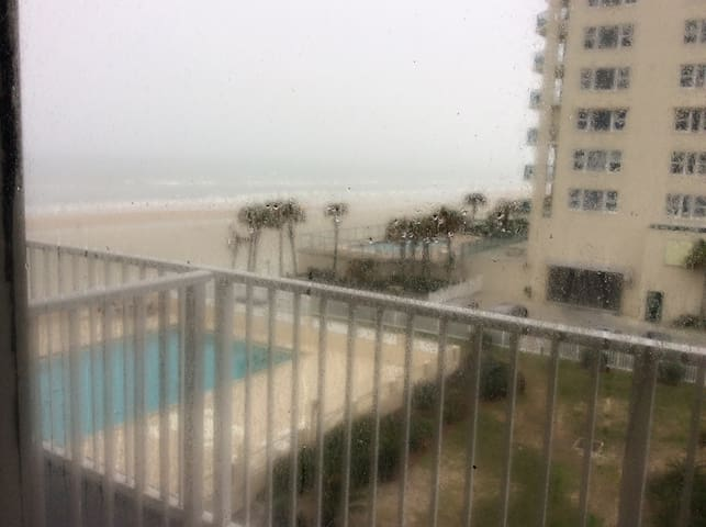 On the Ocean/Beach, Pet Friendly. - Daytona Beach Shores - Byt