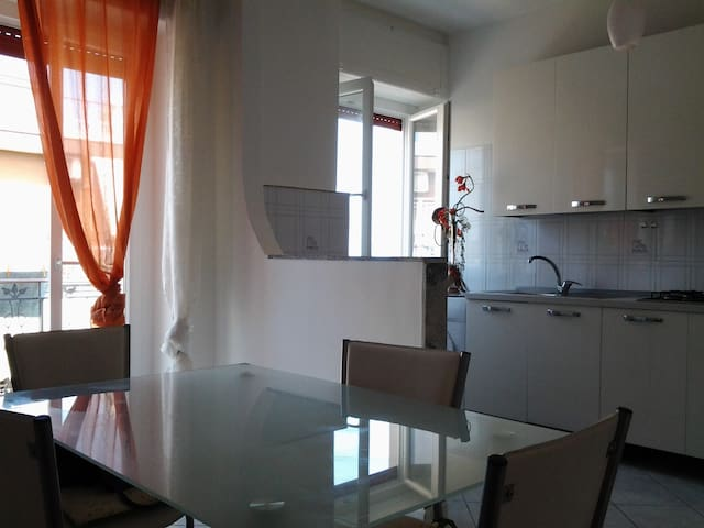 Dimora Sofia, la casa vista mare, full optional