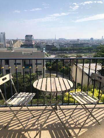 Appartement calme avec vue sur Paris