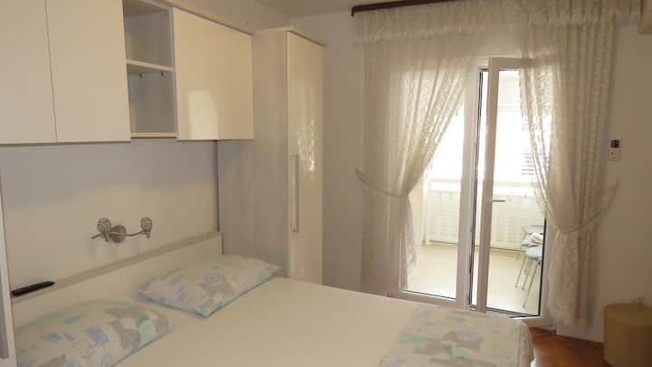 Studio flat with air-conditioning Baška Voda, Makarska (AS-6827-k)