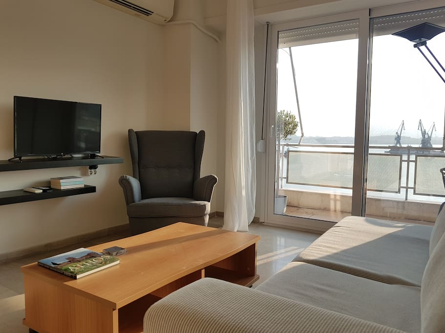 Centrally located apartment with magnificent view to the port of Volos