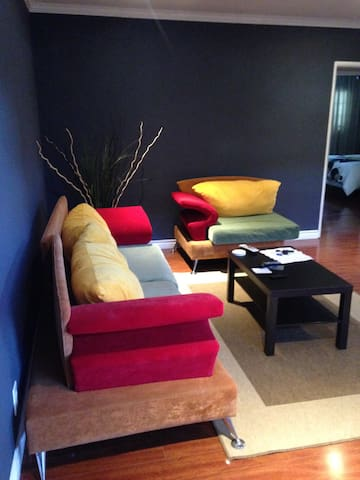 2bd apartment/Mins from Hollywood