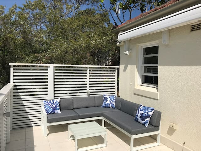 Beautiful apartment in Neutral Bay / Cammeray.