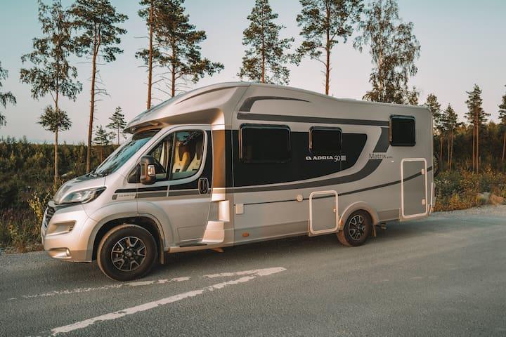 Modern och fullt utrustad husbil