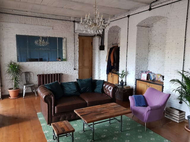 Industrial Apartment in the Old Town