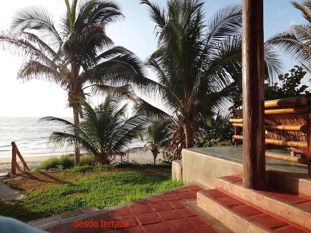 """Beach house Mancora- Las Pocitas  """"La Roca"""""""