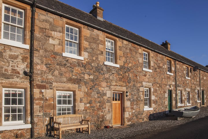 Castle Cottage