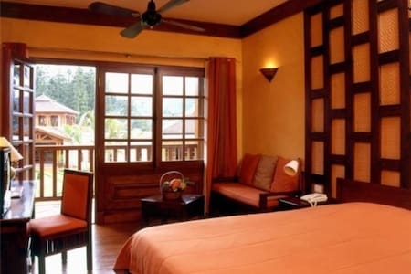 Super Room in Sapa Luxury 5 Star Hotel - tt. Sa Pa - Bed & Breakfast