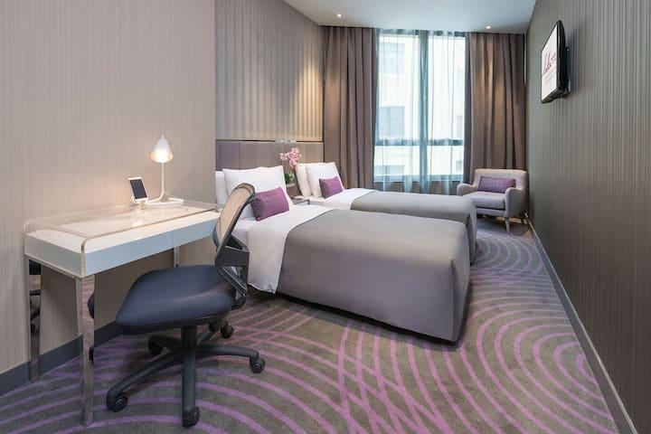 Premium Twin Room with FREE WiFi, IDD & GYM