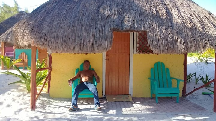 Cabin Rustic in an awzome beach for 28 pax