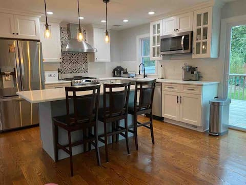 Family Friendly 4 Bed Residential Home *45 Min NYC