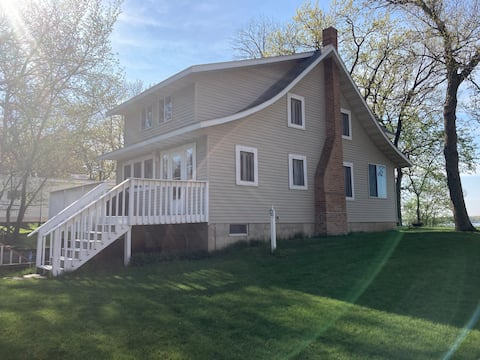 The Cottage on Lake Shetek