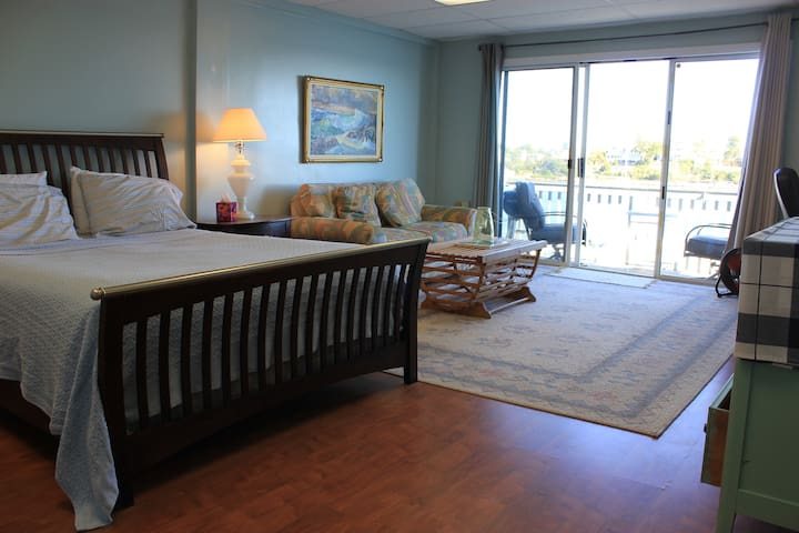 Gloucester Harborscape View 1BR+1/2 - 格洛斯特(Gloucester)