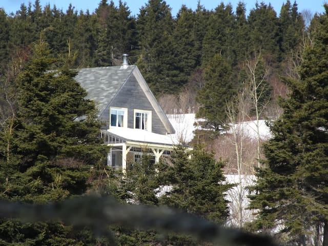 Chalet Cap Soleil - Entre Gaspé et Percé, Gaspésie