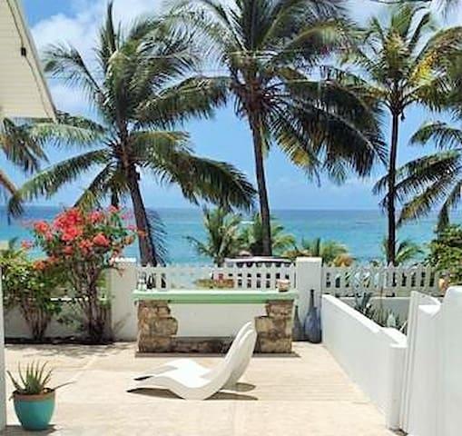 Ocean front Coastal Studio at Coconut Bay