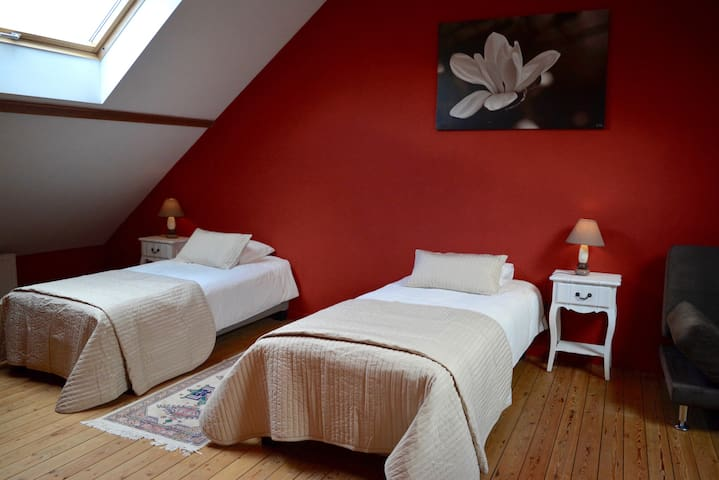 Private floor with own bathroom next to Brussels - Vilvoorde - Lainnya