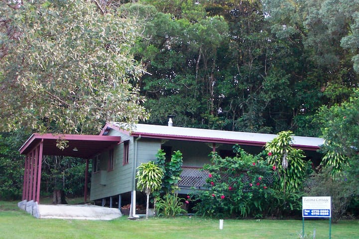 "Paluma, North Queensland - ""Fatima"" Cottage"